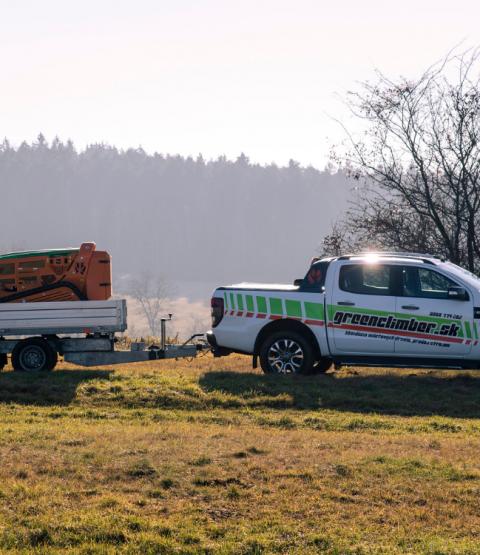 čistenie pozemkov greenclimber svahová kosačka